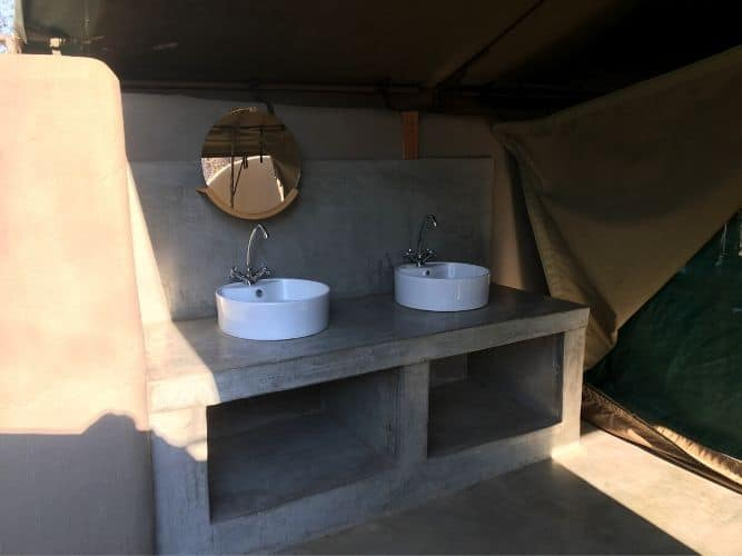 Tuli Inside Luxury Tent Bathroom