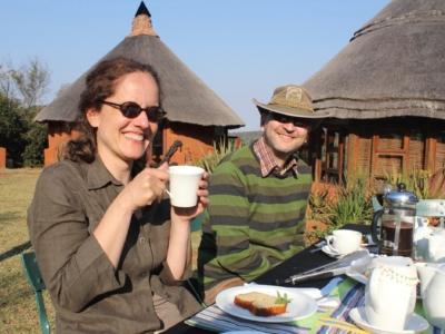 Safari guests having lunch