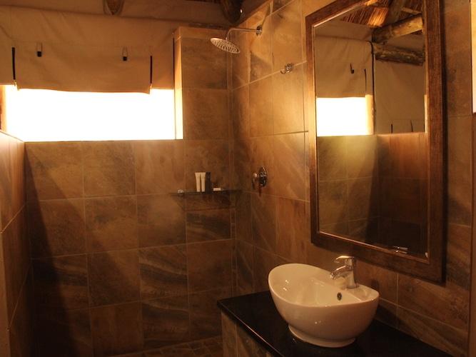 Safari Accommodation Bathroom