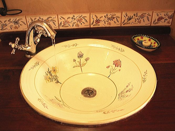 Lindani Cottage Painted Washbasin
