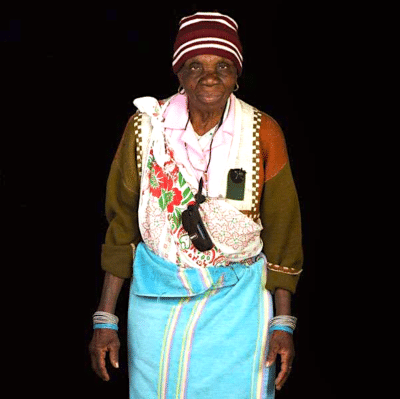 A picture of Sarah Munyai - famous Venda Potter